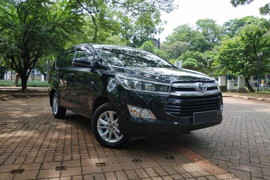 Sewa Mobil Innova Murah di Bali | Balitripin.com