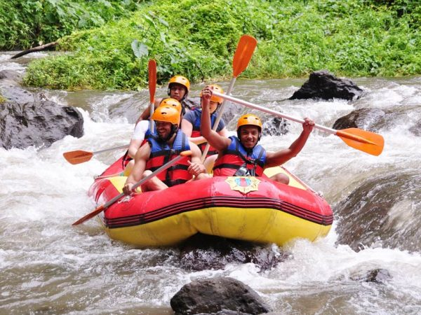 Paket Aktivitas Rafting di Sungai Ayung Bali