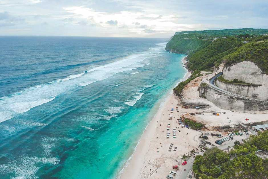 Paket Tur Pantai Pandawa Bali dan Jimbaran | Balitripin.com