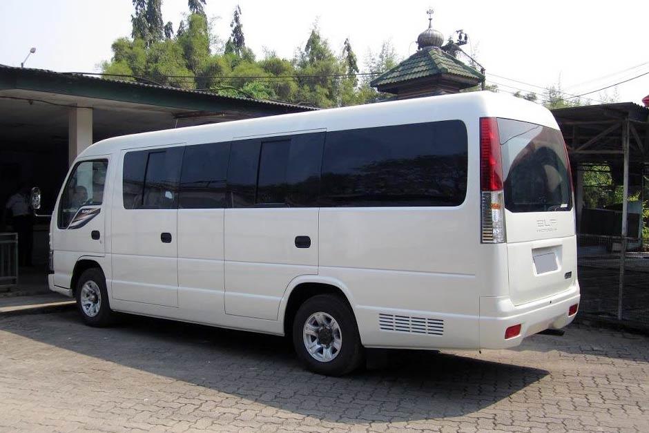 Sewa Mobil Hiace atau ELF Long Murah di Bali | Balitripin.com